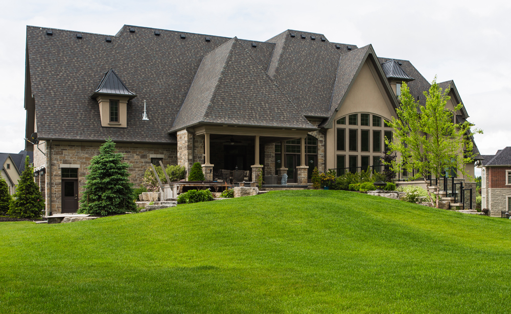 Estate Home in Honey Habour Heights - Port Perry